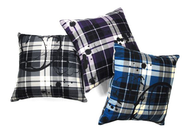 futura-laboratories-flannel-plaid-cushion