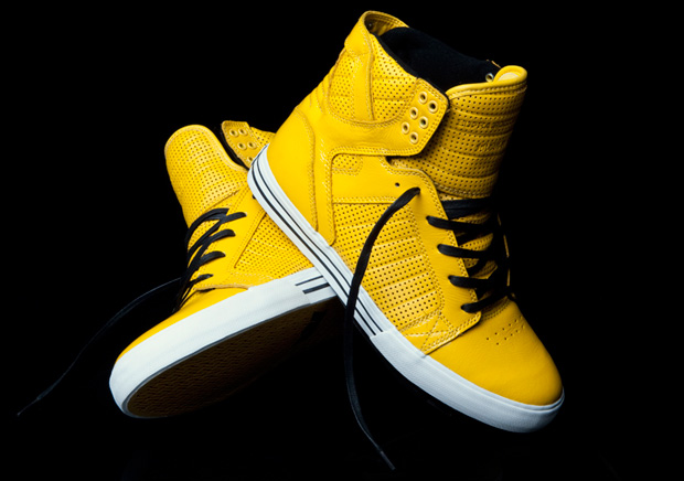 supra-holy-bananas-closer-look-1