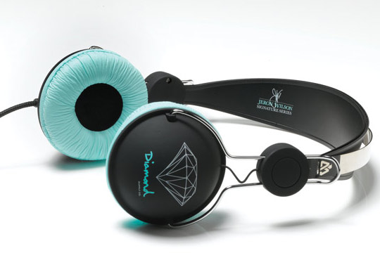 Diamond-Supply-Co.-x-Matix-The-Sound-of-Progress-Headphones-00