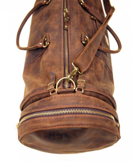 Rogues-Gallery-Gold-Label-Duffel-Bag-03-441x540
